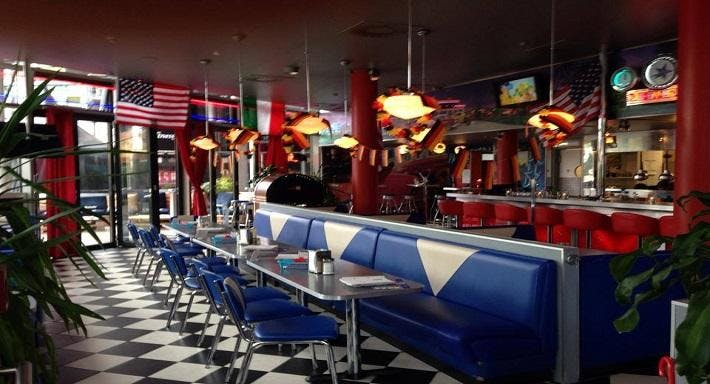 Diner American Restaurant