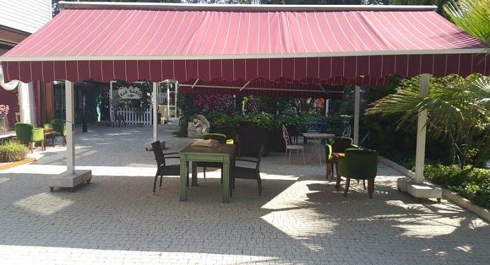 Beyaz Bahçe Restaurant İstanbul image 4