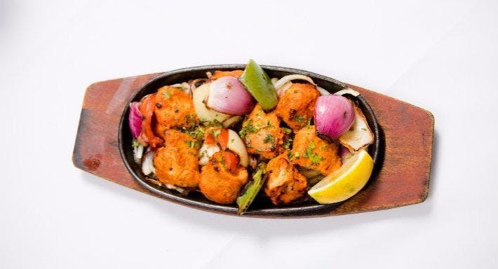 Everest Tandoori Farnborough image 2