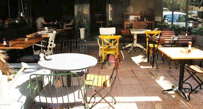 Muaf Mahalle Barı İstanbul image 2