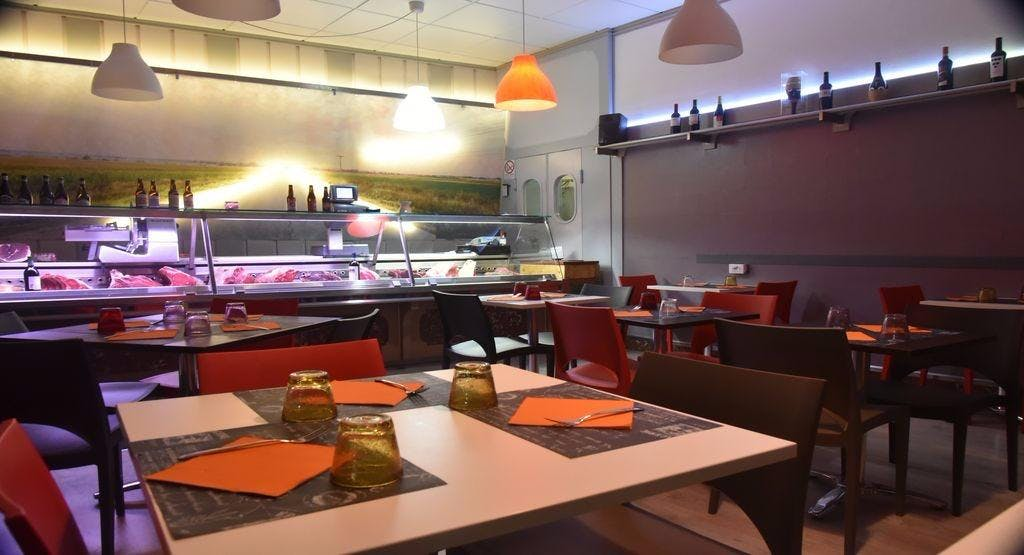 Elio's burger & grill Alessandria image 1