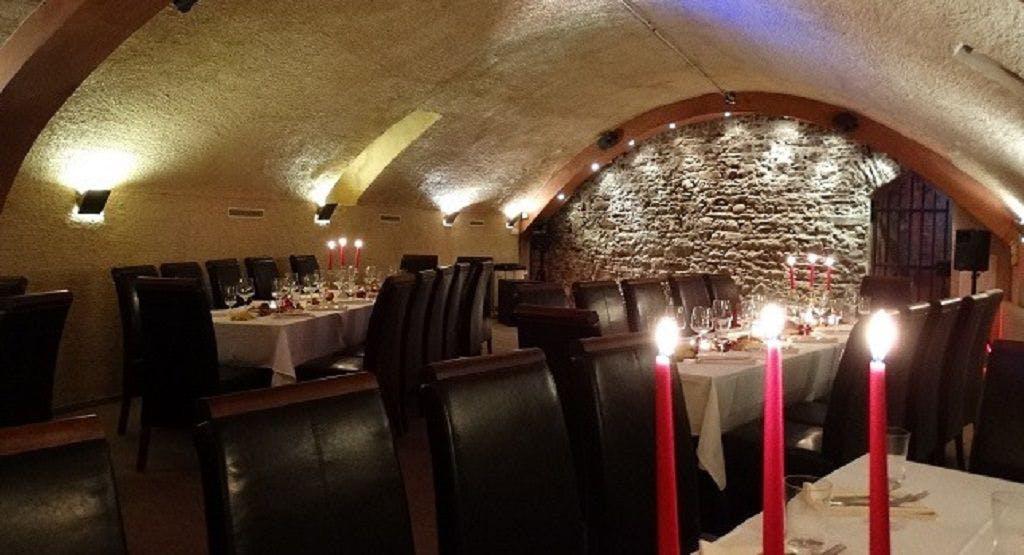 Restaurant & Weinbistro Altes Rathaus Östrich-Winkel image 1