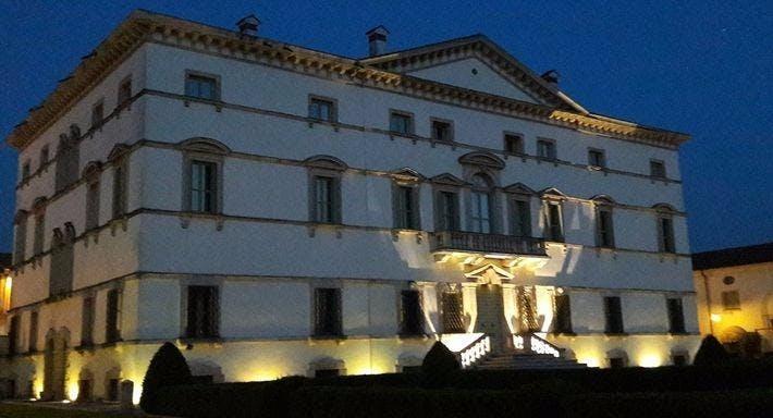 Ristorante Villa Vecelli Cavriani Verona image 2