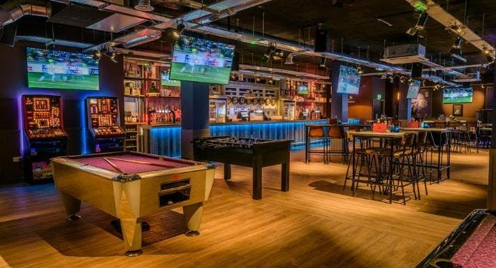 Shooters Sports Bar - Birmingham Birmingham image 7
