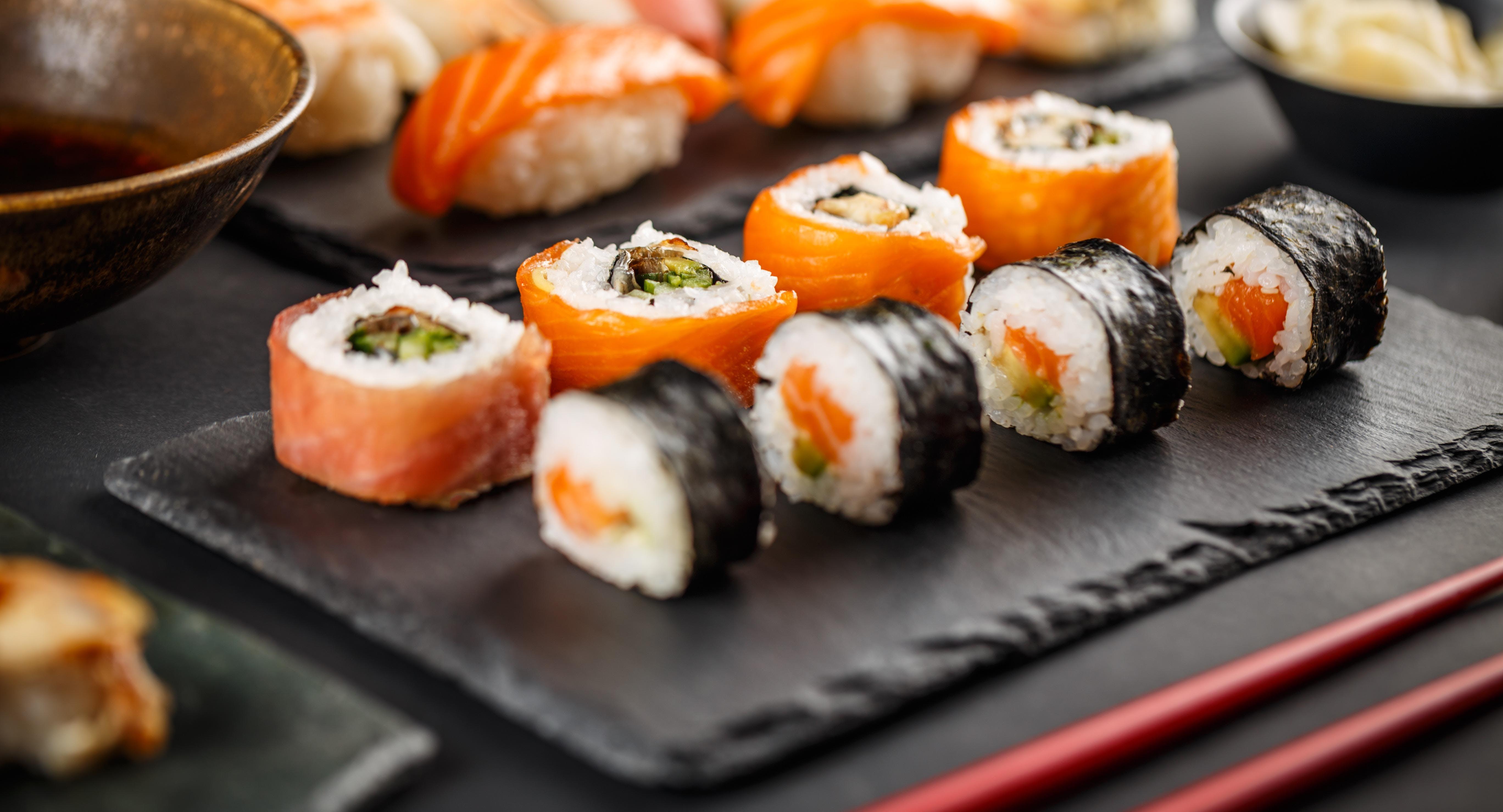 Amdo Sushi & Grill