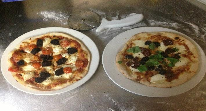 North Star Pizza Restaurant Falkirk image 3