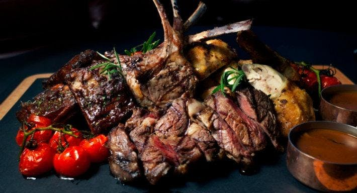 Dallas Steakhouse and Bar – Boat Quay Singapore image 3