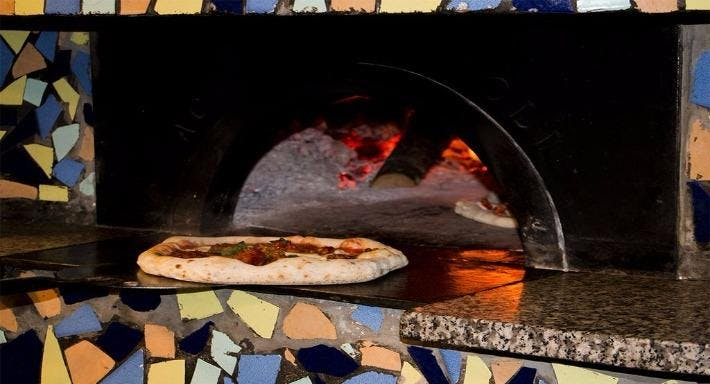 Ristorante Pizzeria Emilio Napoli image 6