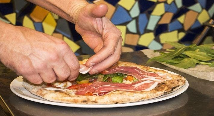 Ristorante Pizzeria Emilio Napoli image 9