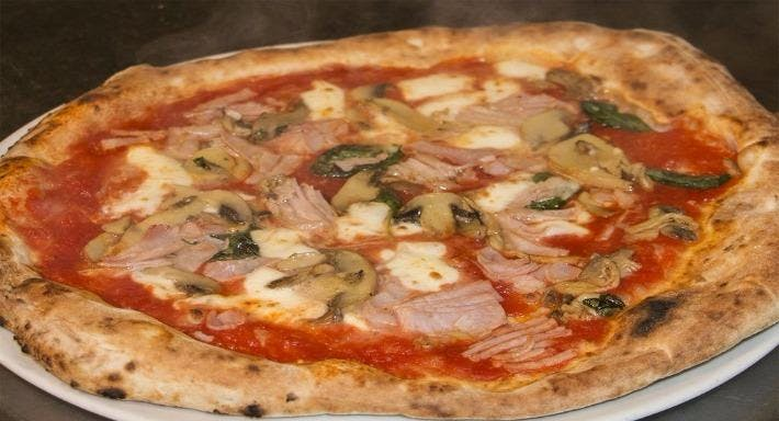 Ristorante Pizzeria Emilio Napoli image 10