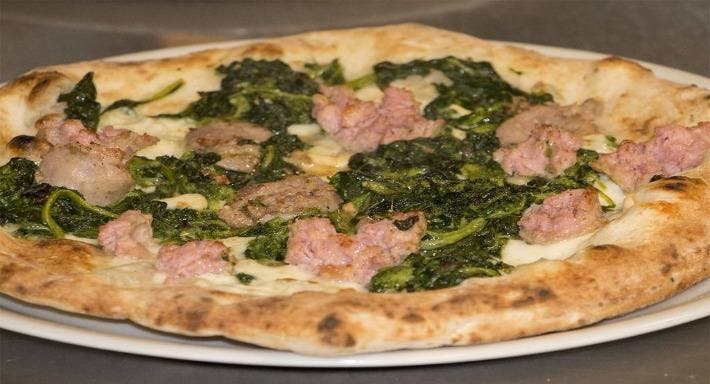 Ristorante Pizzeria Emilio Napoli image 13