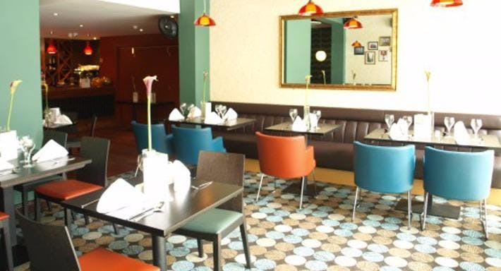 Milan Restaurant Southampton image 6