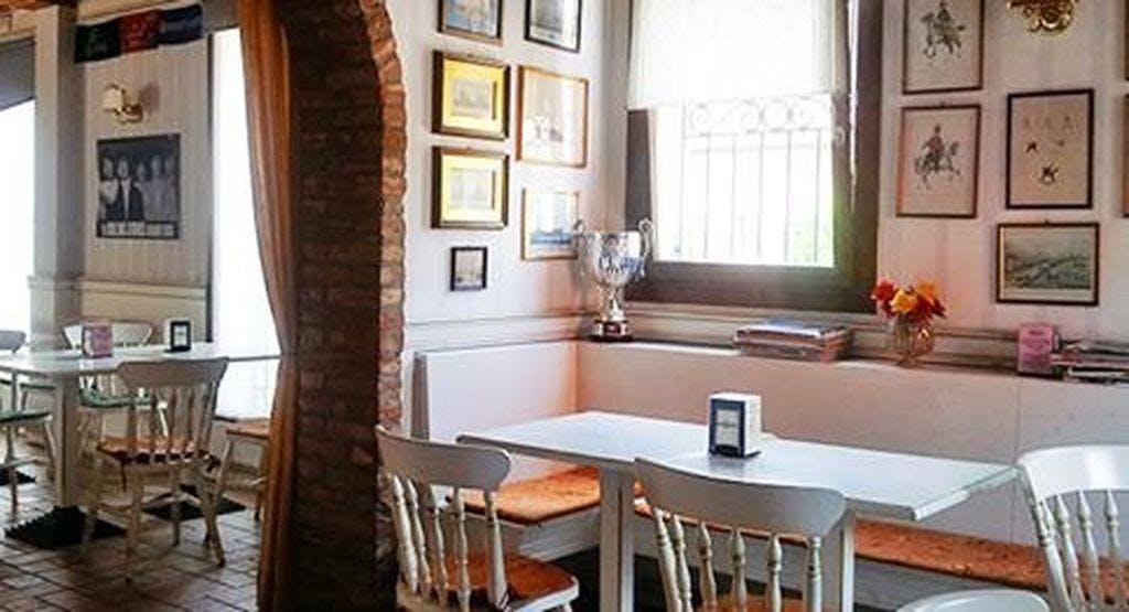 Cheers Pub Padova image 1