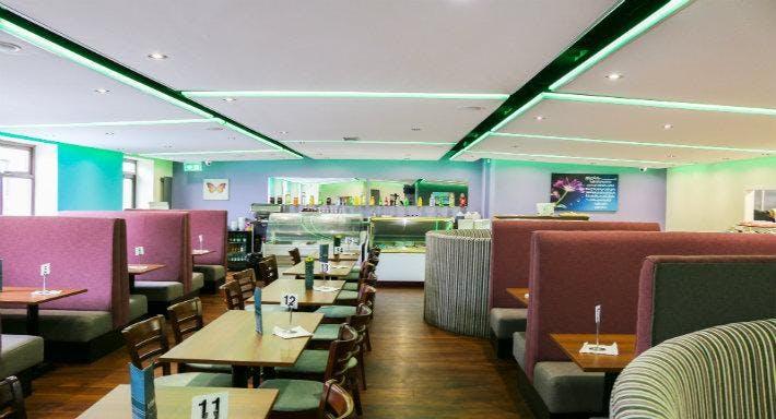 Waheed's Buffet & Banqueting Hall Blackburn image 2