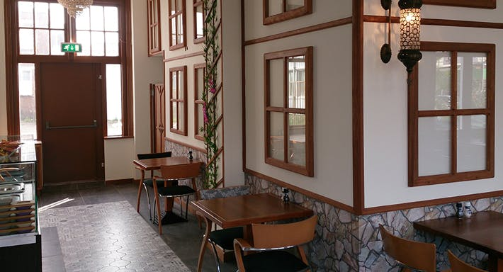 OBA grandcafé Rotterdam image 2