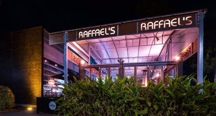 Raffaels Cafe, Bar & Grill
