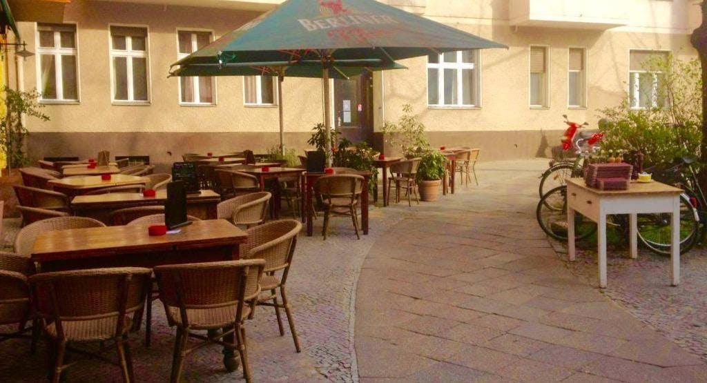 Café Aroma Berlin image 1