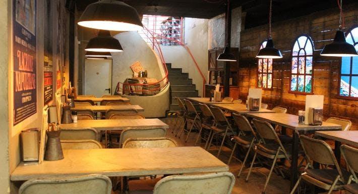 Antica Pizzeria Nennillo Bonn image 3