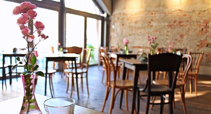 Garage 01 Wien image 2