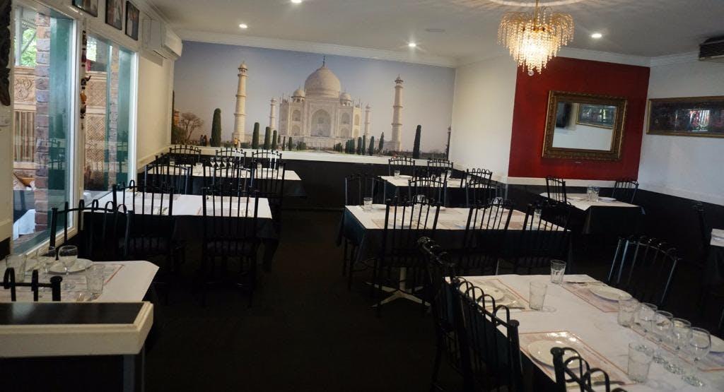 Tandoor & Curry Hut Gold Coast image 1