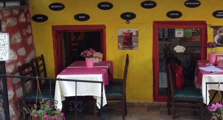Hayat Cafe Restaurant İstanbul image 3