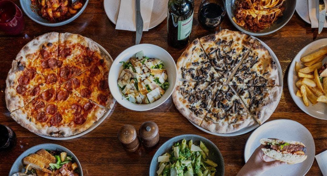La Stazione Pizzeria Bar Restaurant