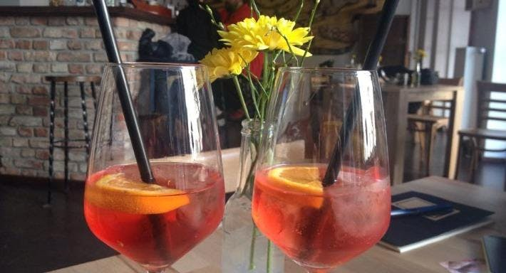 Facciola – Specialitá e Vino Berlin image 2