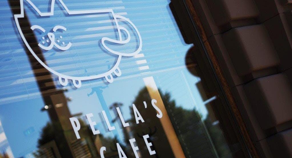 Pella's cafe
