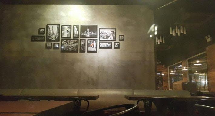 Castle Wine & Restaurant Hong Kong image 2