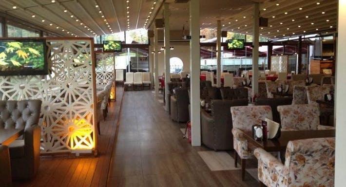 Sera Cafe Restaurant