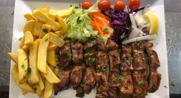 Deniz Turkish Restaurant Basildon image 3