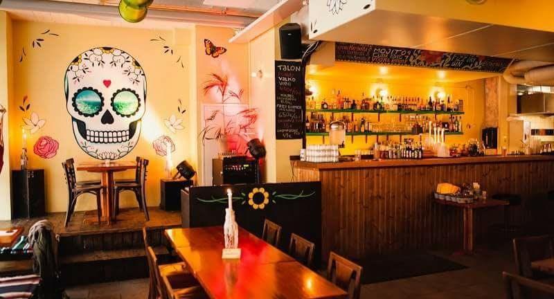 Pueblo Bar y Taqueria Helsinki image 3
