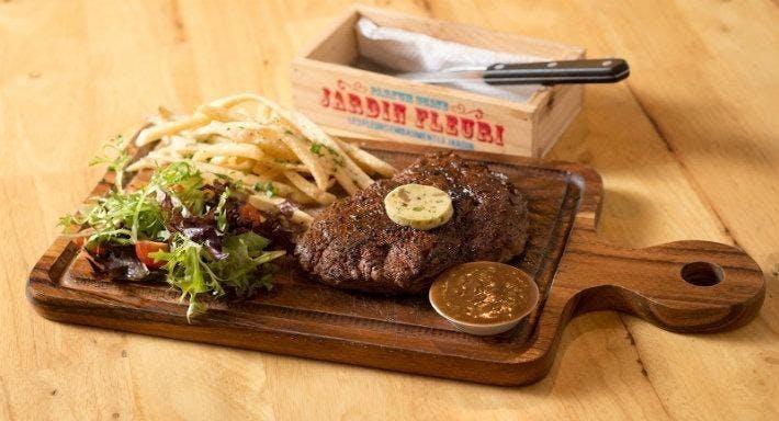 Stirling Steaks - 115 East Coast Road