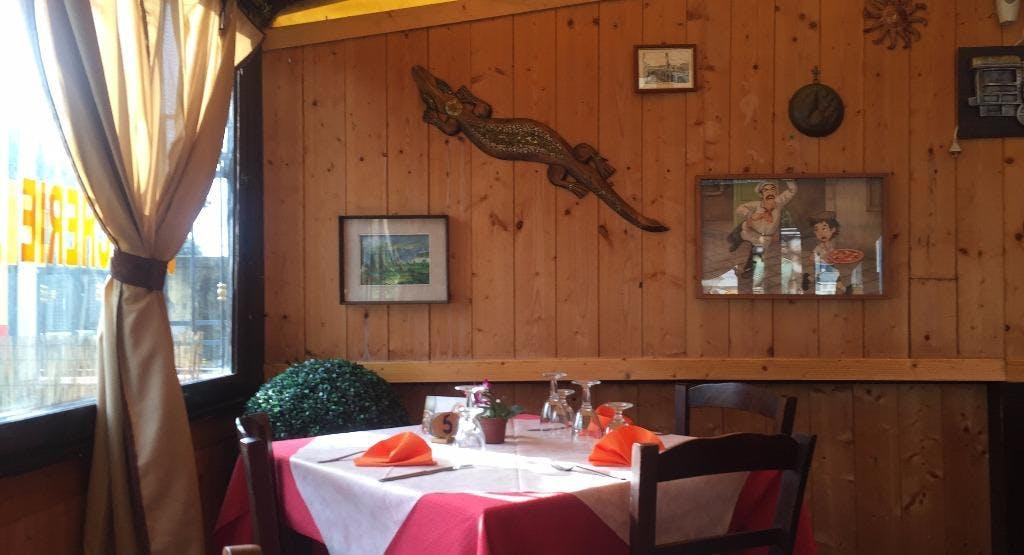 Trattoria Voglia di Pizza Napoli image 1