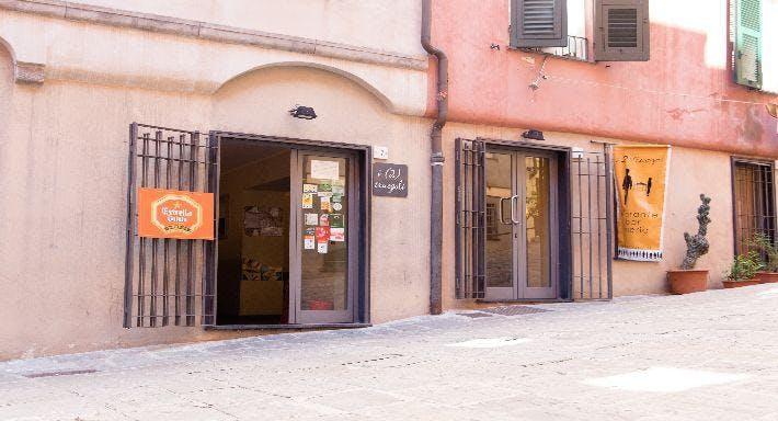 I 2 Truogoli Genova image 4