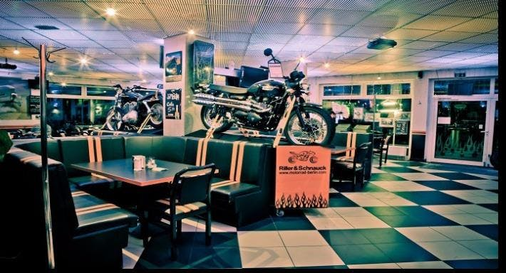 Flame Diner Berlin image 7