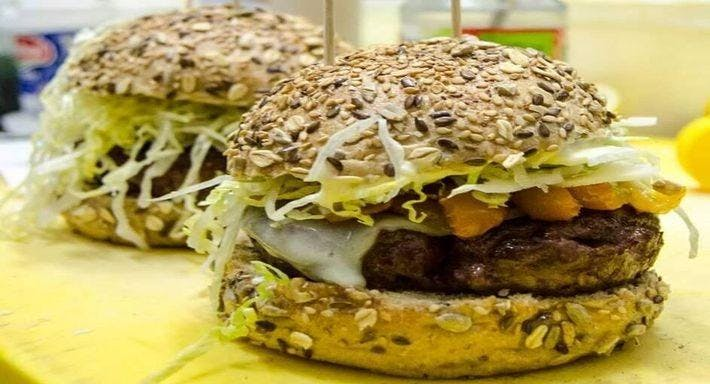 Cucù Burger & Fish Caserta image 2