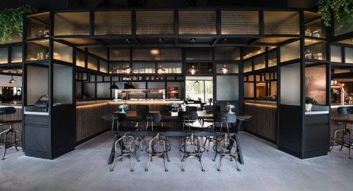 The Stamford Brasserie Singapore image 1