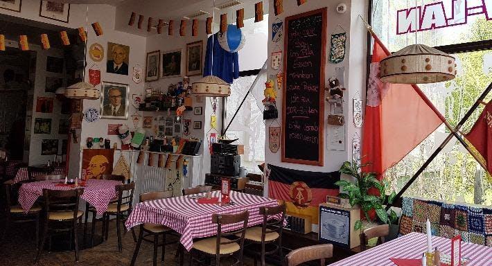 DDR Speisegäststätte Pila Berlin image 1