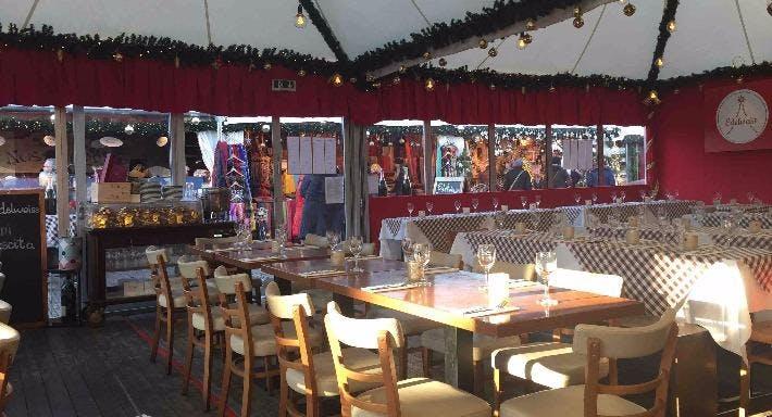 Edelweiss Weihnachtszelt am Gendarmenmarkt