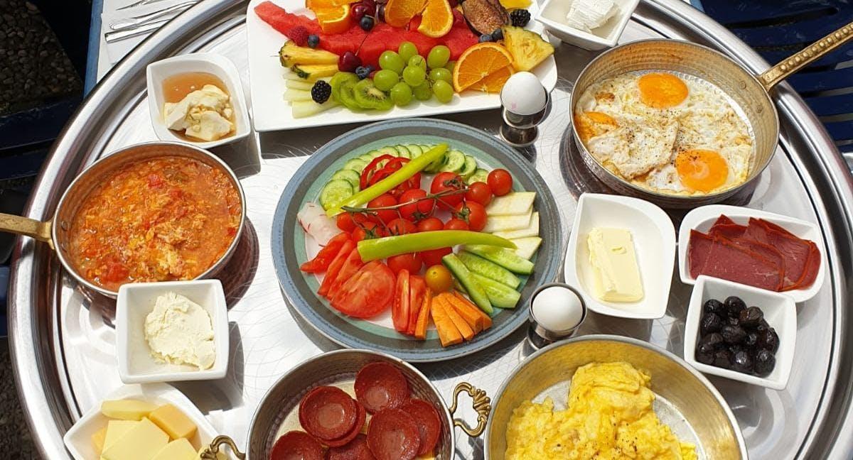Köy Kahvaltisi - Anatolisches Frühstück