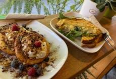 cafecafe - urban eats & coffee