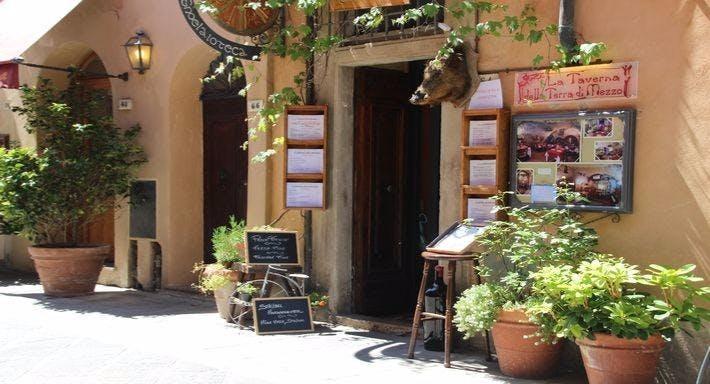 La taverna della terra di mezzo Volterra image 2