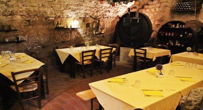 La taverna della terra di mezzo Volterra image 9