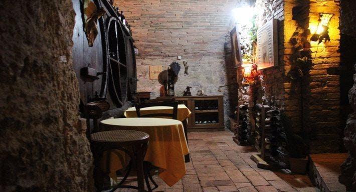 La taverna della terra di mezzo Volterra image 7