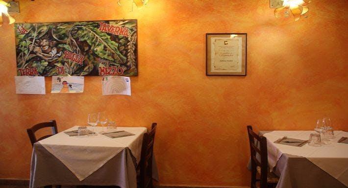 La taverna della terra di mezzo Volterra image 5