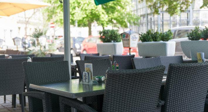 Pizzeria La Piazza Wien image 10