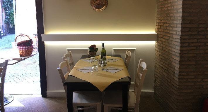Pasta e Vino Osteria Roma image 1