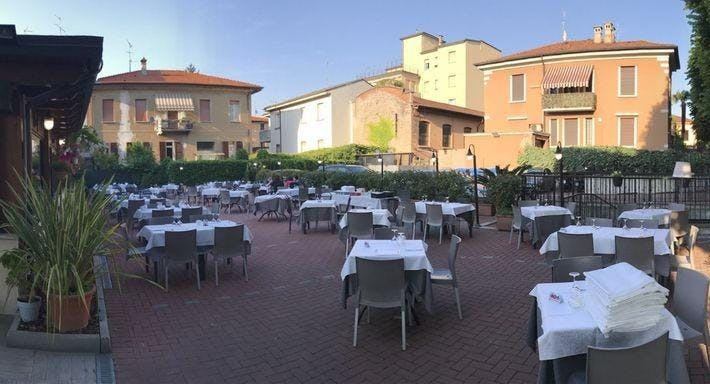 Pizzeria Bella Napoli Brescia image 3