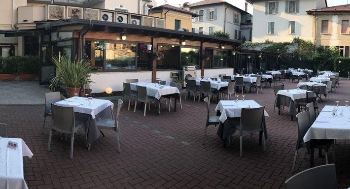 Pizzeria Bella Napoli Brescia image 2